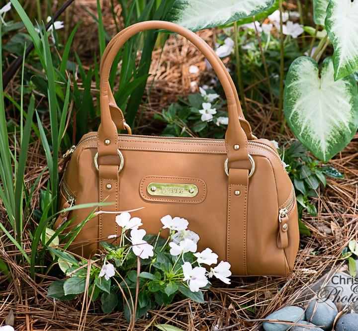 Davey's Personalized Handbags