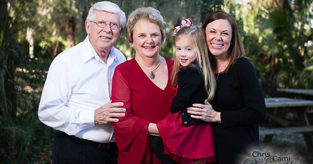Roberts Family Christmas Photos at Palmetto Islands County Park
