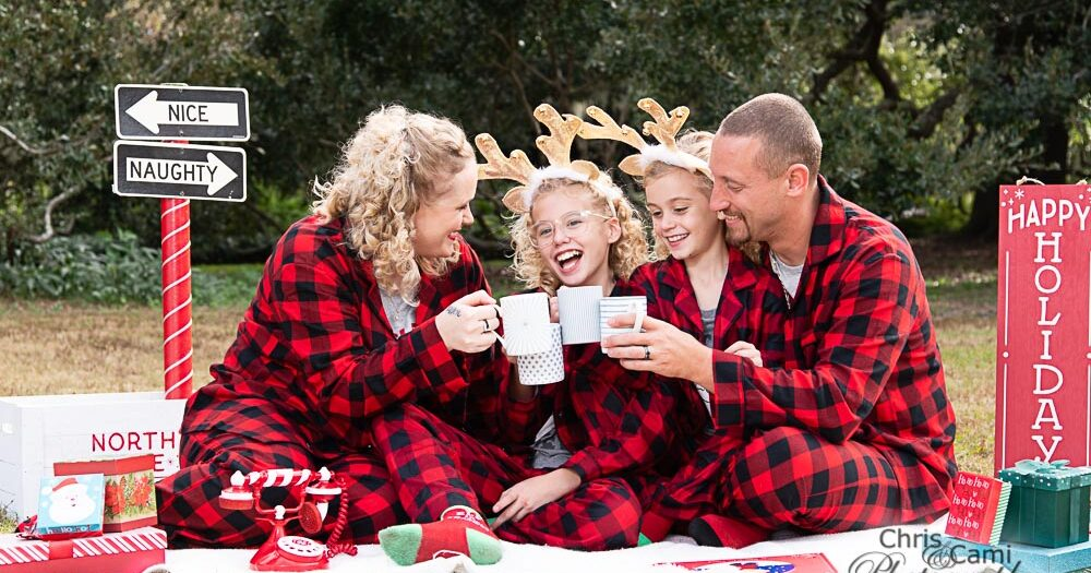 Benton Family Christmas Photos
