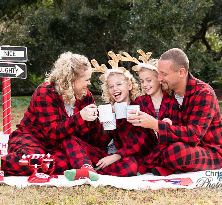 Benton Family Christmas Photos